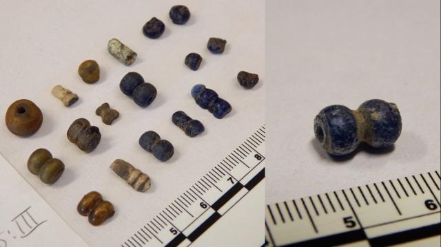 blue-segmented-beads